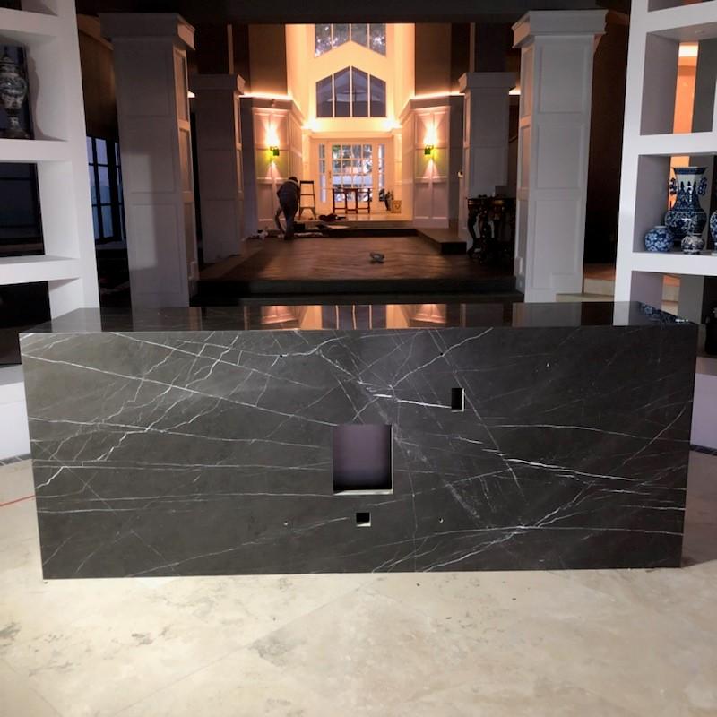 Pietra Grey plinth 3